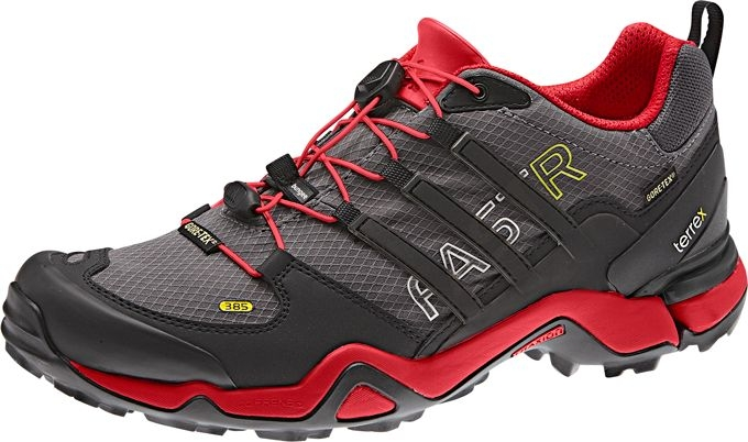 Konkrétně se mrkneme na model Adidas Terrex Fast R GTX (označení verze  385). Jedná se o nízkou botu určenou k rychlému pohybu v nejrozmanitějším  terénu. a1eea3c01a