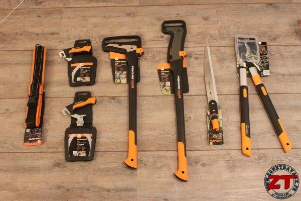Fiskars-WoodXpert-Bucheronnage