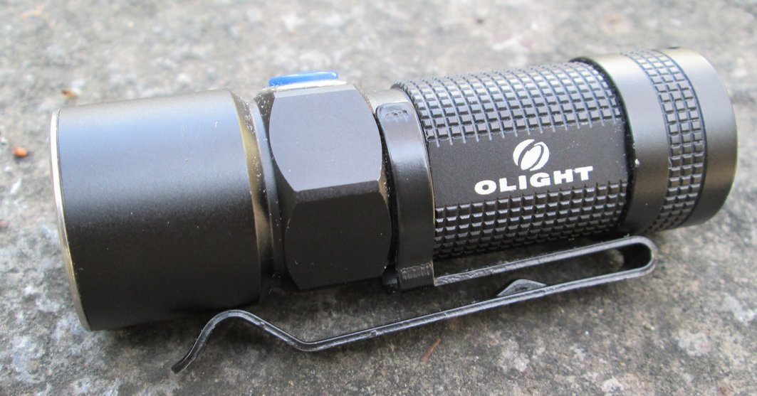 Recenze: Svítilna Olight S10 Baton