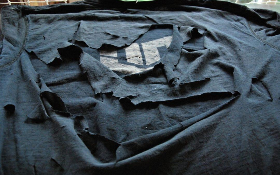 Crash test: Tričkem proti noži – MTP Tactical neproříznutelná tkanina