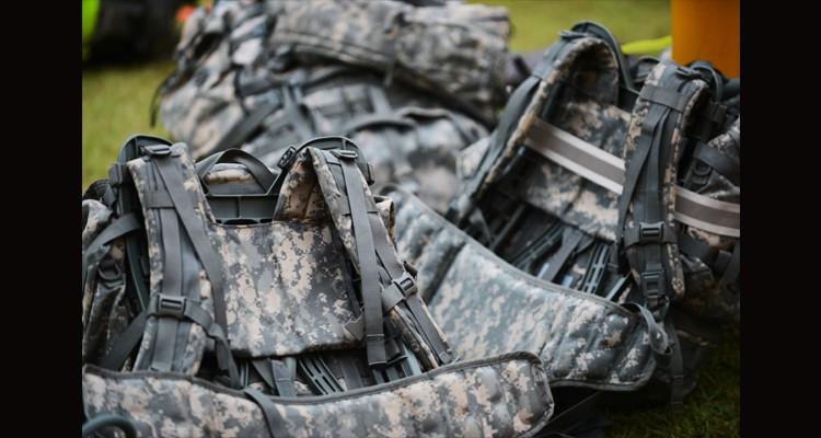 Překlad: 5 armádních pravidel pro nošení nákladu, které by měl znát každý turista – ze stránek Backpacker.com