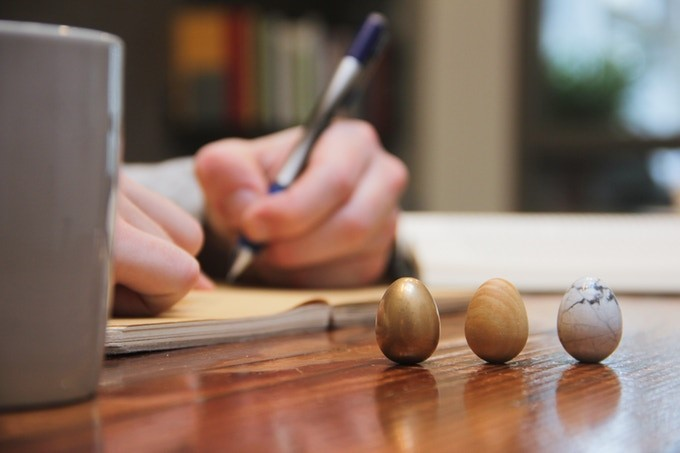 The Thinking Egg – Když jste ve stresu, pohlaďte si vejce